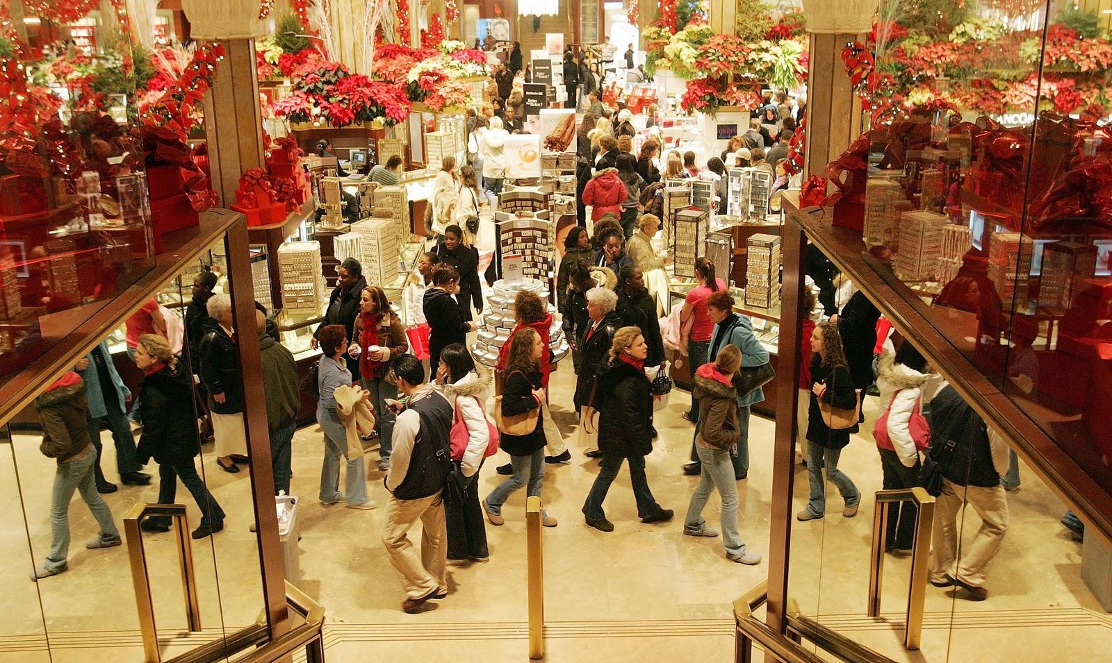 De Crăciun, 42% dintre români cheltuie mai mult decât ar trebui