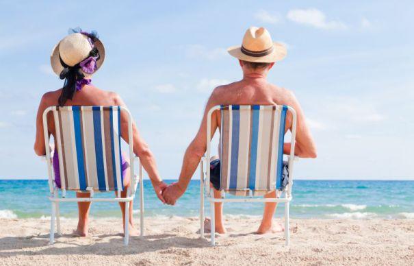 Britanicii, îndemnați să-și ia bunicii în vacanță ca remediu împotriva singurătății