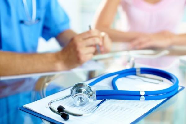 Concurs pentru medici și farmaciști
