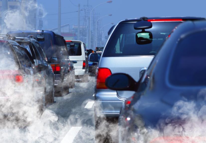 Studiu. Poluarea atmosferică ucide mai mulți oameni decât fumatul