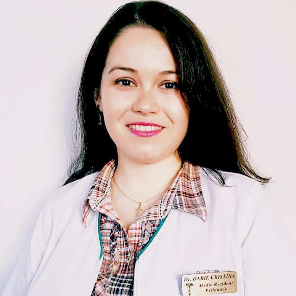 Cristina Darie, medic rezident