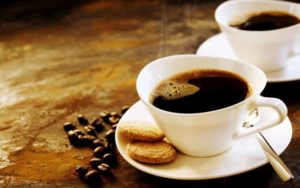 Cafeaua, nicotina și somnul
