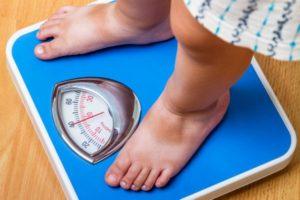 Raport despre alimentația copiilor: subnutriți sau supraponderali