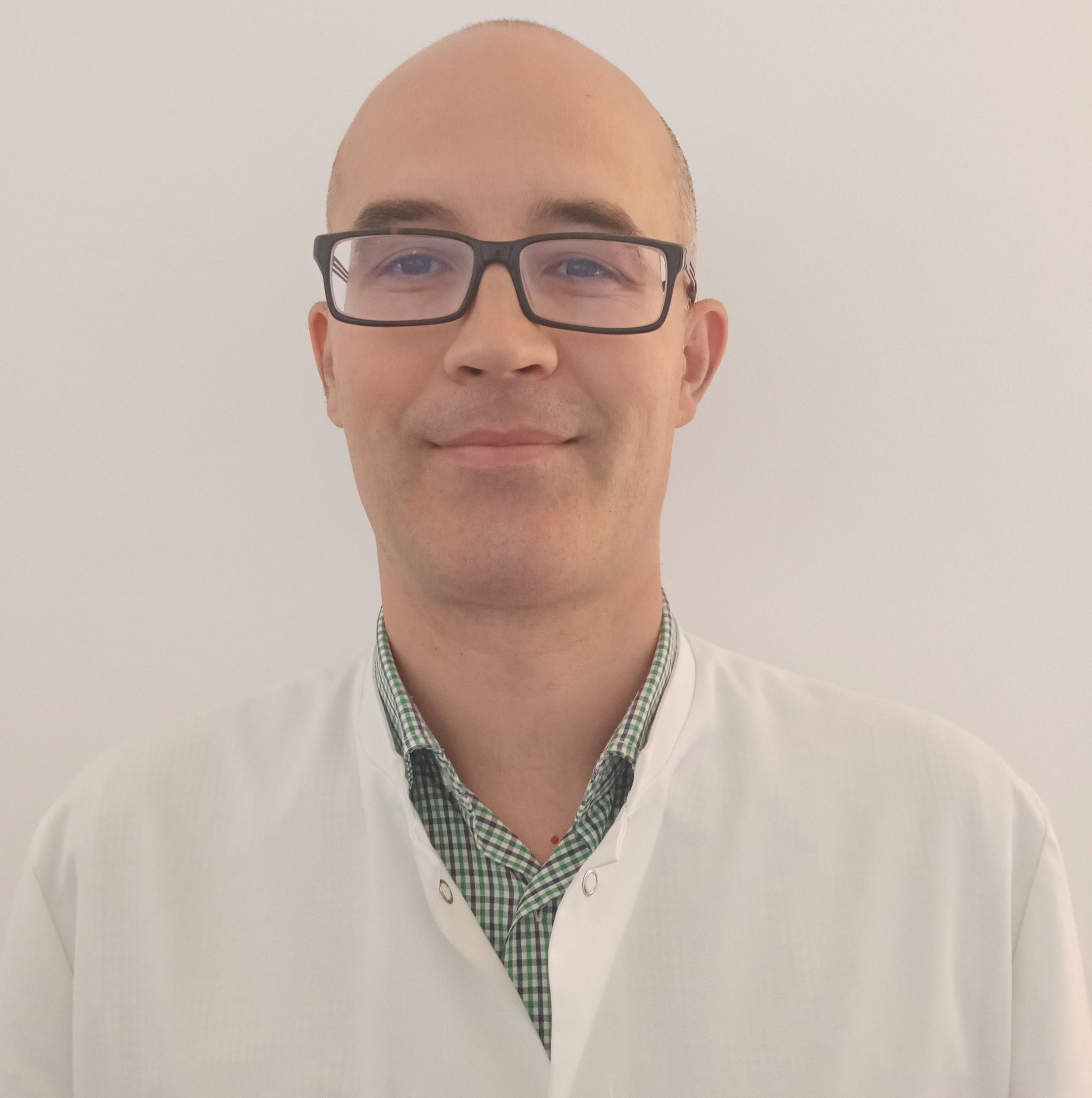 Dr. Dan – Constantin Corbeanu: Acizii grași omega-3, posibil rol terapeutic în schizofrenie?