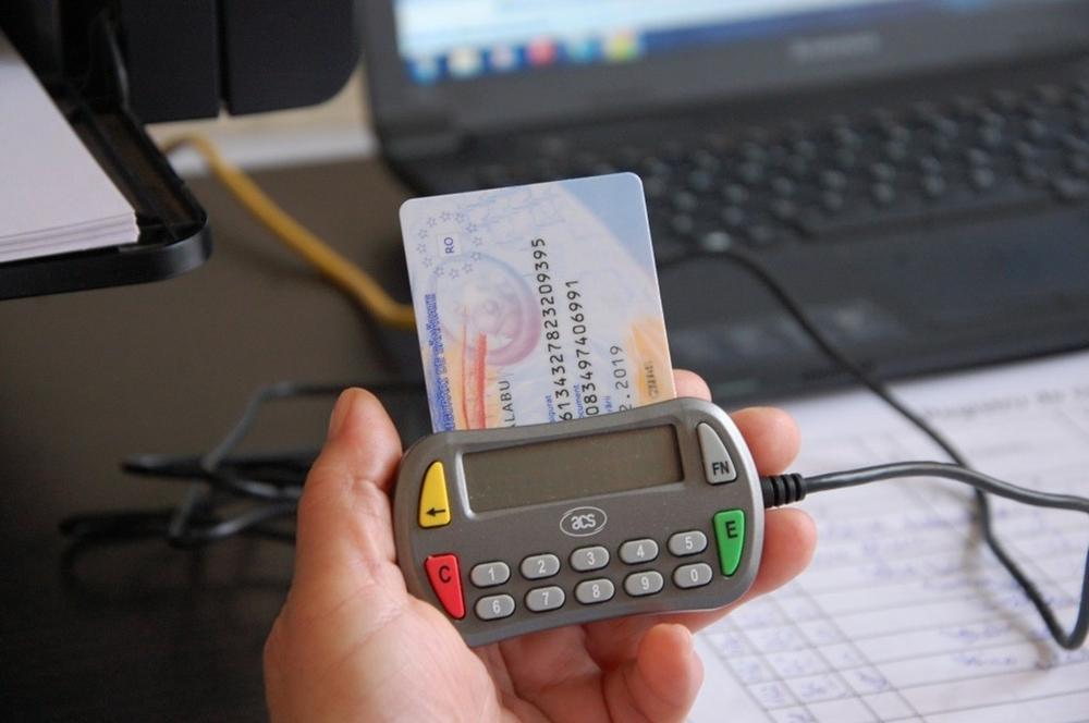 CNAS. Noi informații privind asistența medicală și utilizarea cardului de sănătate