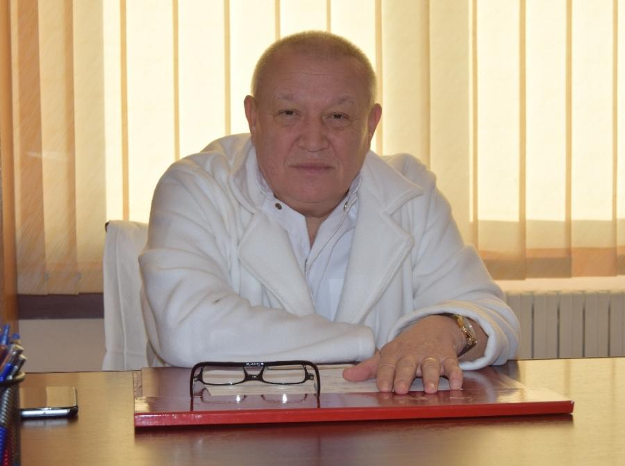 """Prof. Dr. Dorel Firescu: """"Varicele trebuie tratate în sezonul rece"""""""