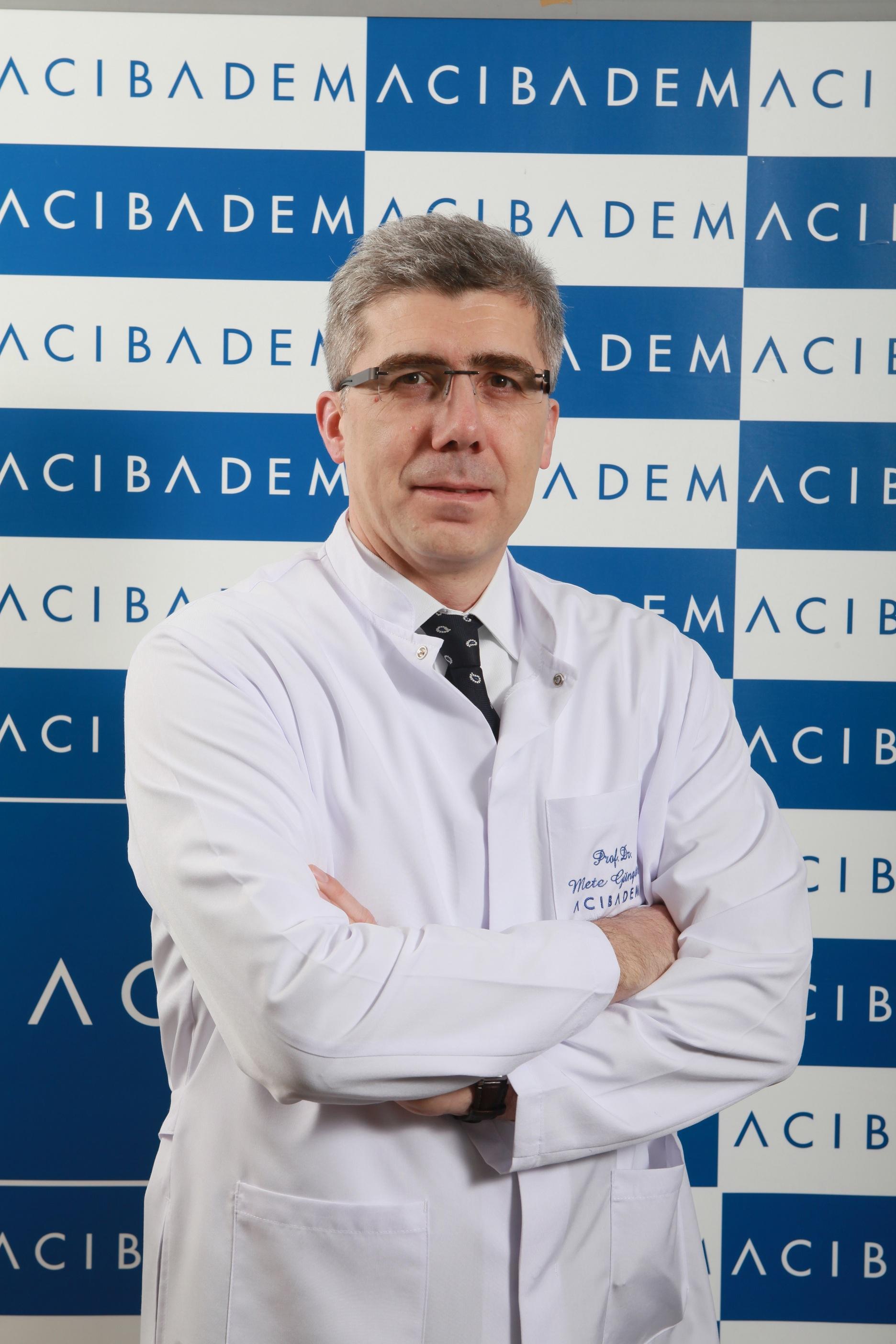 """Dr. Mete Güngör, despre cancerul ovarian: """"Pacientele își pierd timpul vizitând doctori din alte discipline medicale"""""""