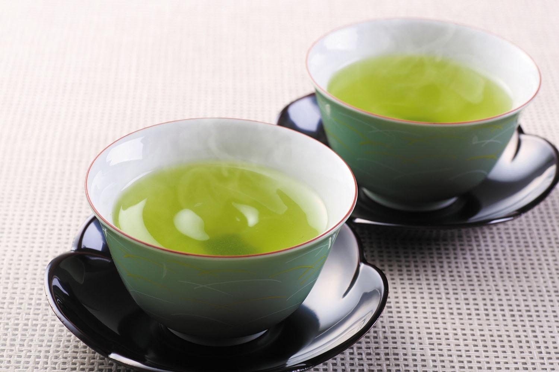 Consumul de ceai verde sau cafea