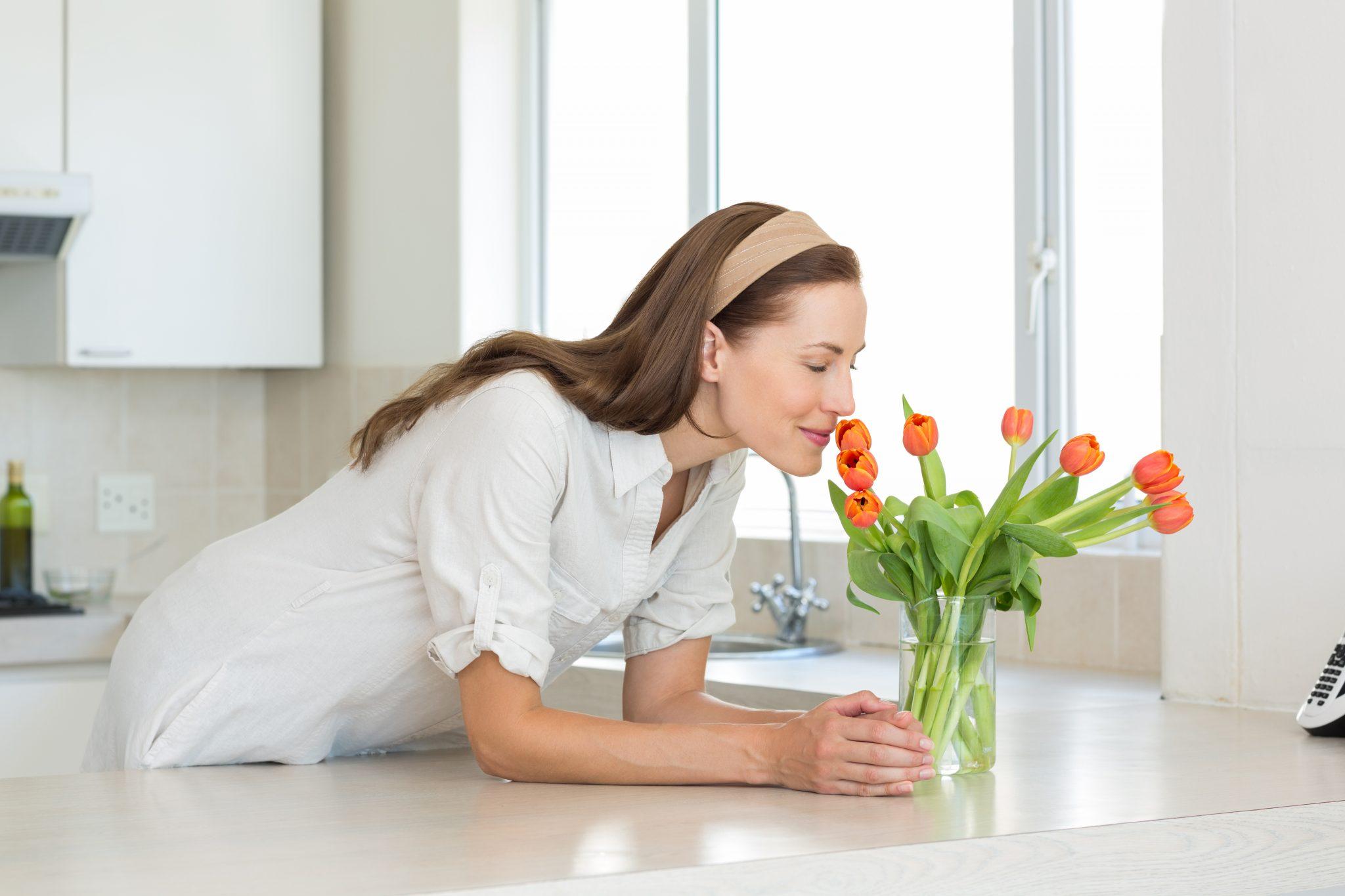 Antrenamentul mirosului poate ajuta la remedierea distorsiunilor cauzate de viruși