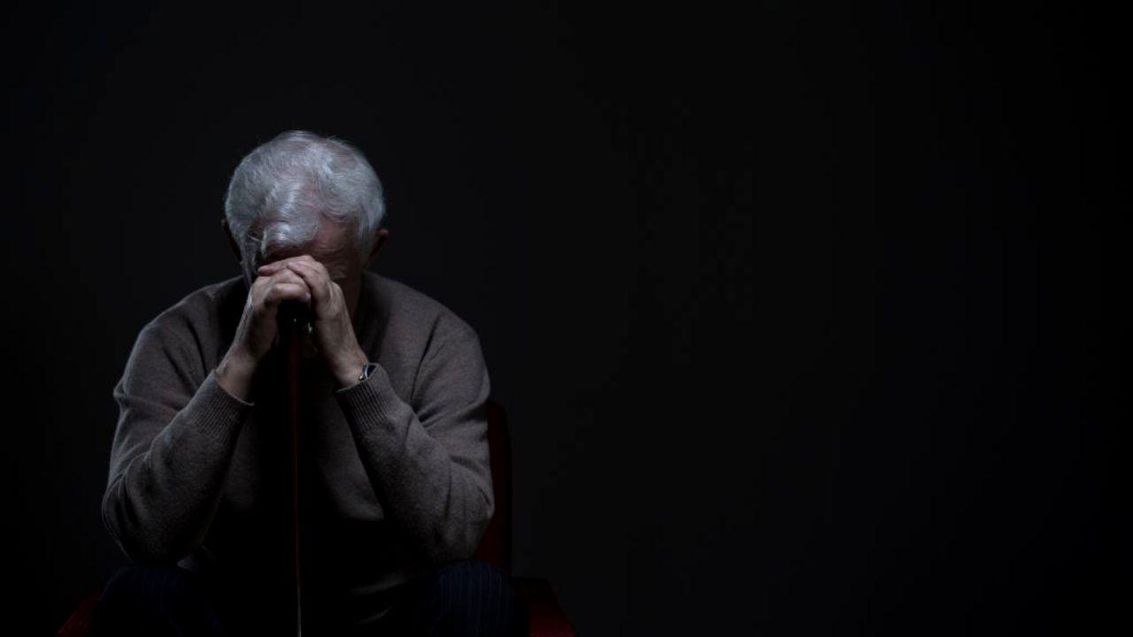 Un nou studiu arată că unele persoane care dorm puțin au un risc mai mare de demență