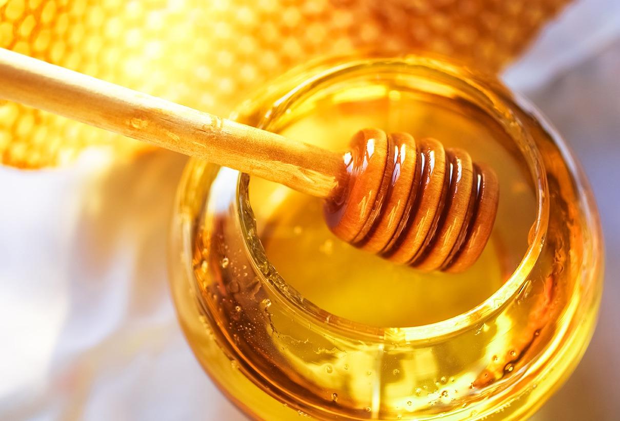 """Mierea, """"elixirul vindecător"""". Cum a ajuns la statutul de superaliment"""