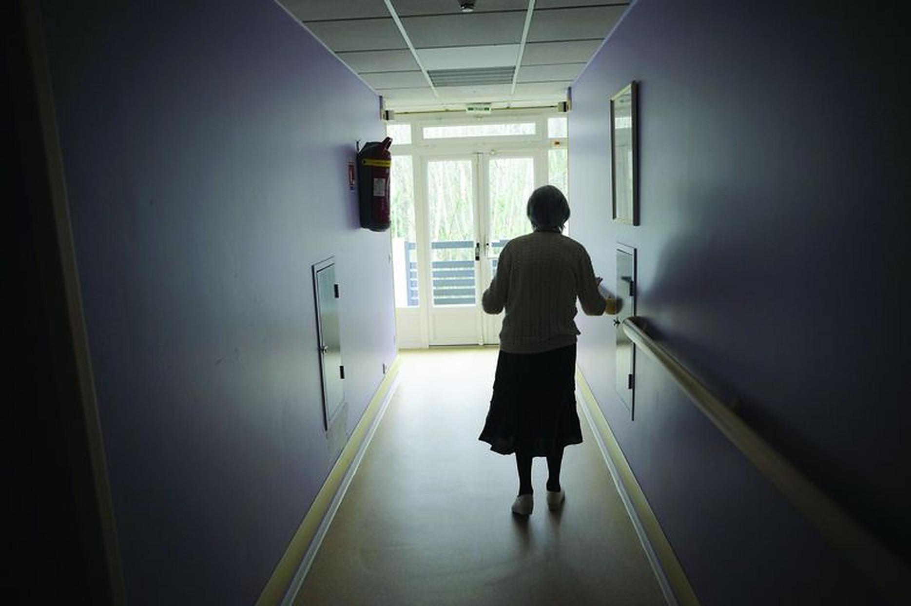 Mai multe dovezi leagă pierderea auzului de riscul crescut de demență. Studiu
