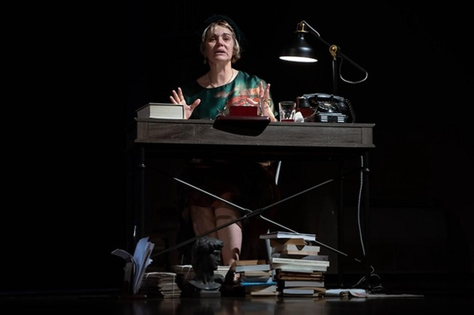 "Maia Morgenstern, în spectacolul ""Povestiri culese"""