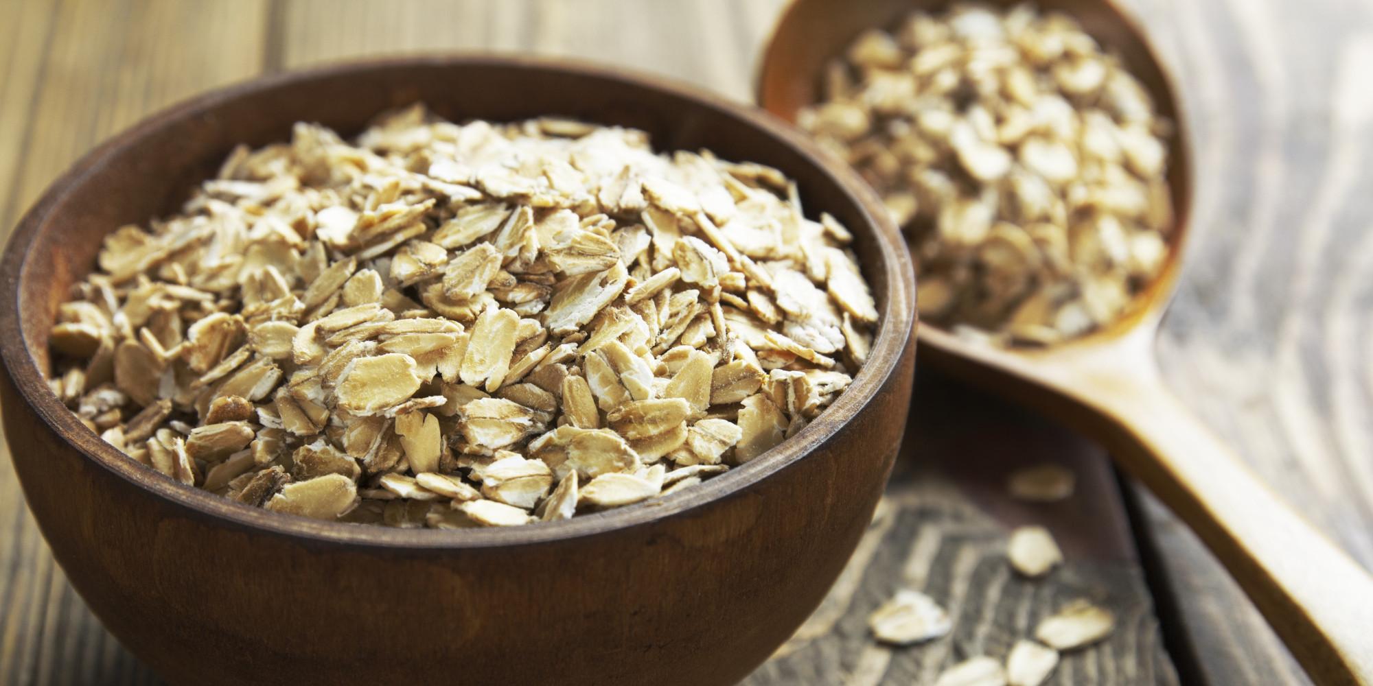 Consumul a doar trei porții de cereale integrale pe zi poate reduce dimensiunea taliei