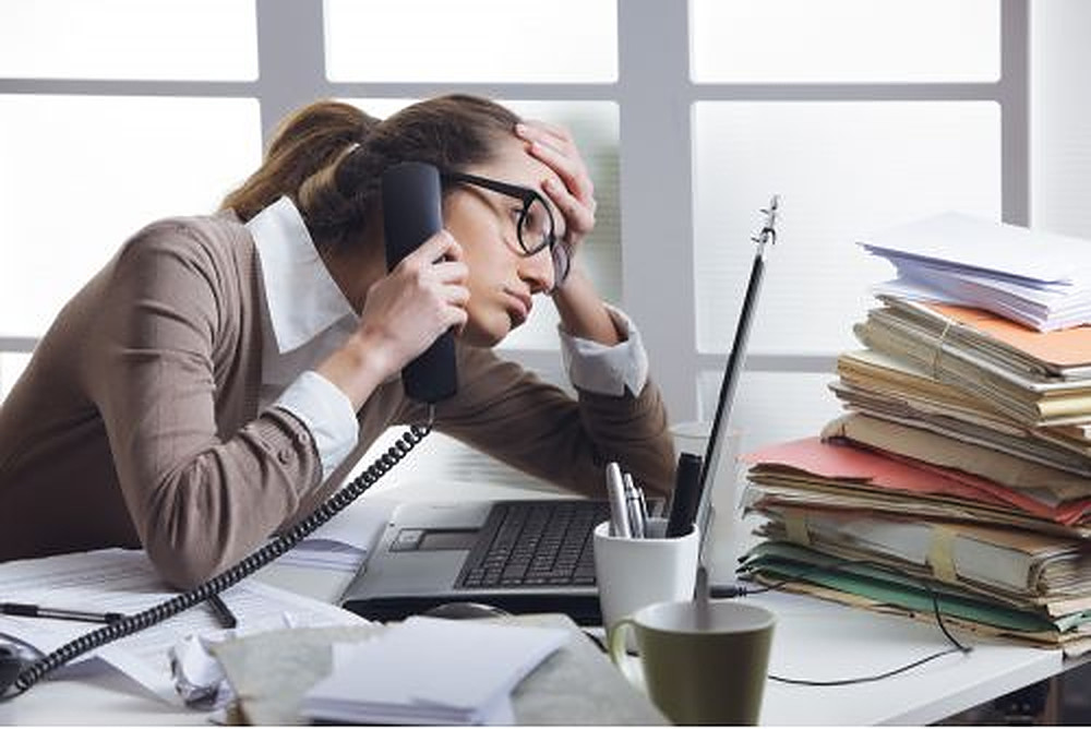 Ce este cu adevărat munca emoțională și cum afectează sănătatea mintală