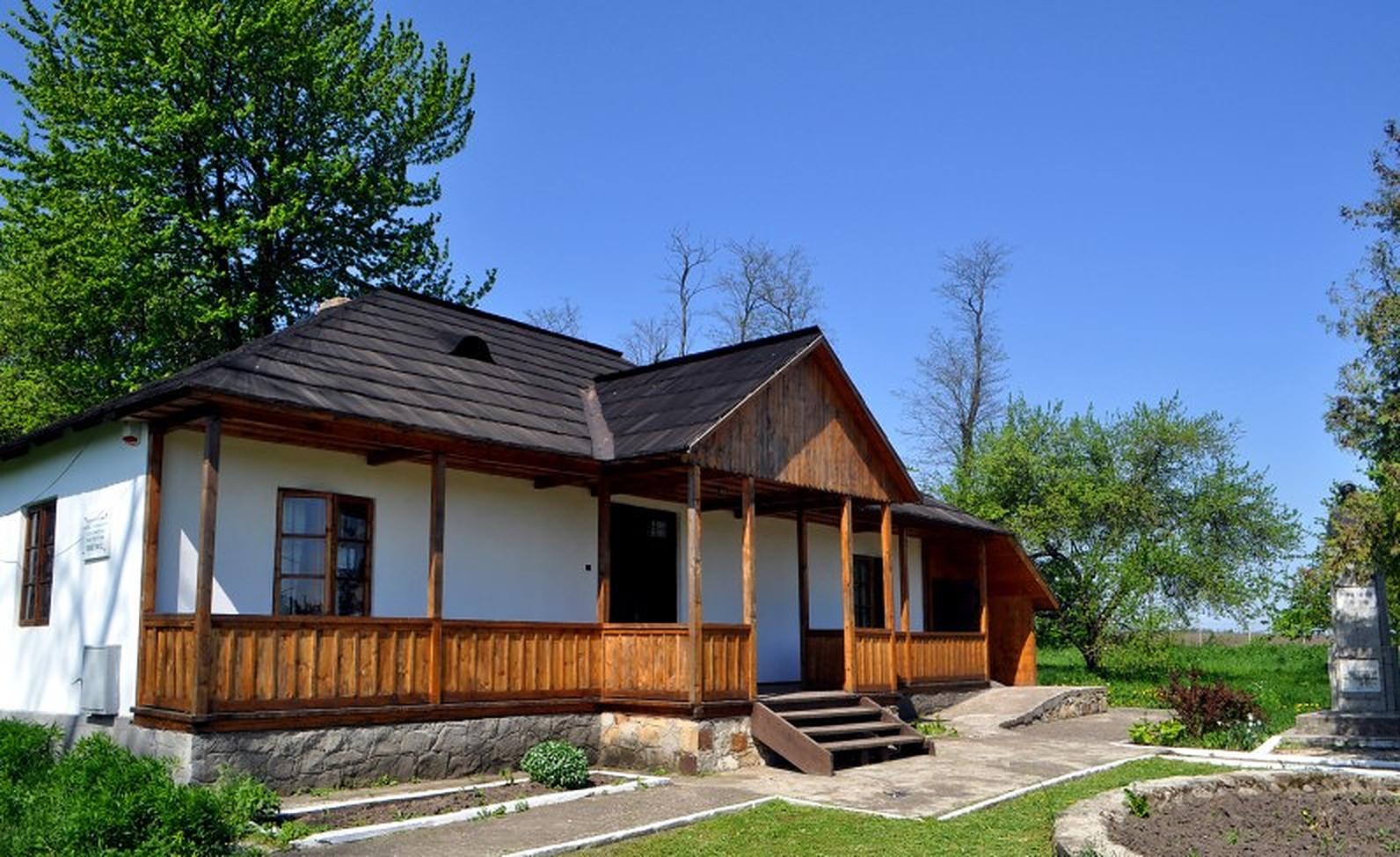 Tur virtual. 28 de muzee din satele Moldovei vor putea fi vizitate online